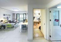 明净的小型工作室