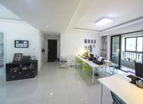 通畅的小型办公室工作室 (3)
