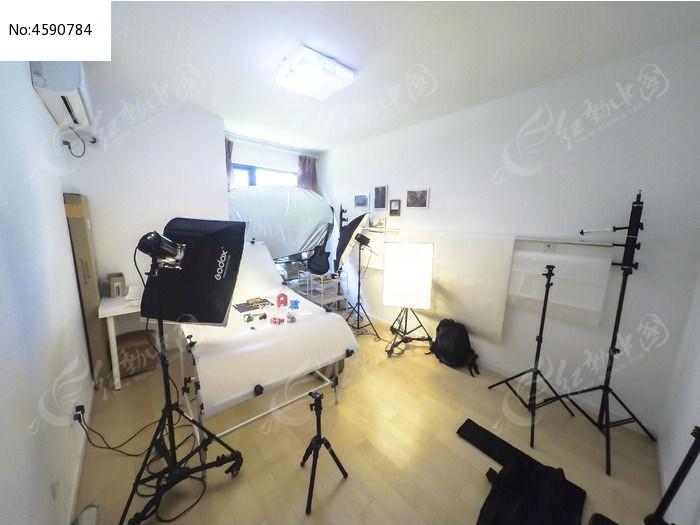摄影棚布景轴电机电路图