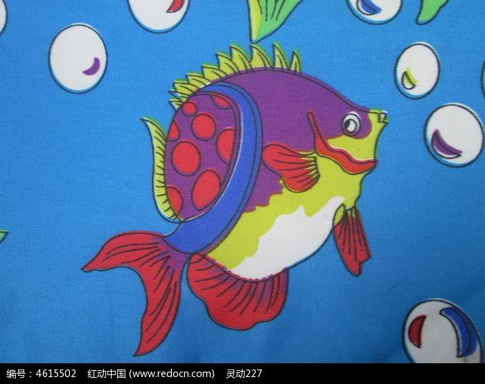 儿童手工制作泡沫纸鱼