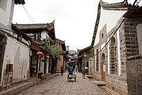 古城小巷街景