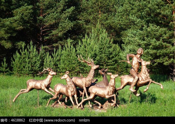公园 群鹿 雕塑