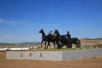 三套车雕塑