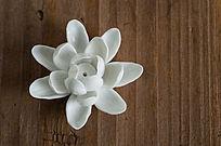 青瓷莲花香具
