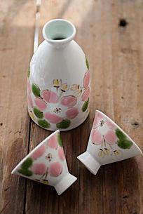 手绘陶瓷酒器
