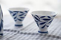 陶瓷酒杯近景