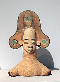 伊博王彩绘胸像