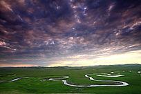 呼伦贝尔草原之河风光