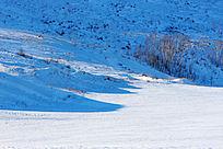 呼伦贝尔山地雪原