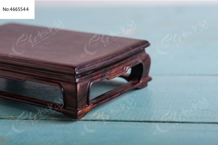 木桌子图片,高清大图_装饰品素材
