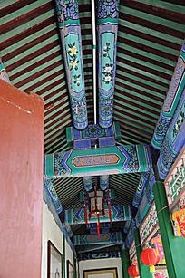 世界文化遗产圆明新园园内走廊房梁上彩色油画
