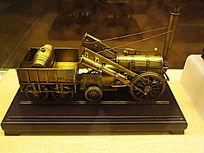 """英国制造的""""火箭号""""蒸汽机车模型"""