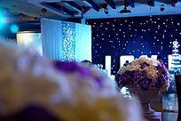 高清拍摄浪漫温馨的婚礼舞台现场