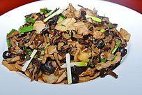 野山菌炒肉片