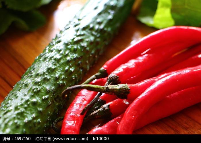 黄瓜辣椒蔬菜图片