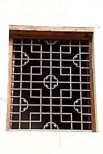 均郧房县委县政府旧址的门窗