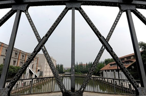 钢架桥景观