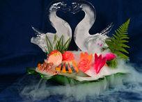 冰镇天鹅海鲜鱼片美食