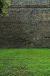 古城墙绿草地背景素材