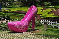 粉红色大高跟鞋