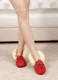 红银色豆豆鞋上脚鞋正面拍摄