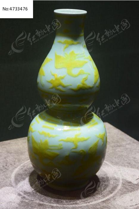 仙鹤花纹青花瓷瓶图片