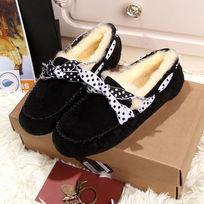 蝴蝶结黑色鞋