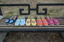 蓝色黄色红色紫色鞋子