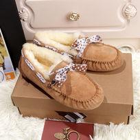 骆驼色豆豆鞋毛茸茸暖和
