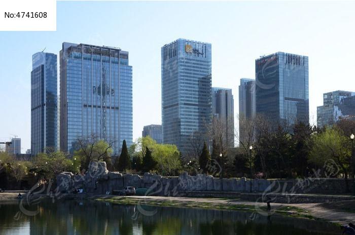 沈阳青年大街高楼群图片,高清大图_高楼大厦素材_编号