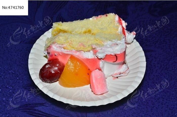 盘装水果小蛋糕