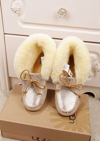 白银蜥蜴纹豆豆鞋摄影