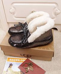 黑银蜥蜴纹豆豆鞋毛茸茸侧面面摄影