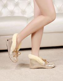 上脚豆豆鞋