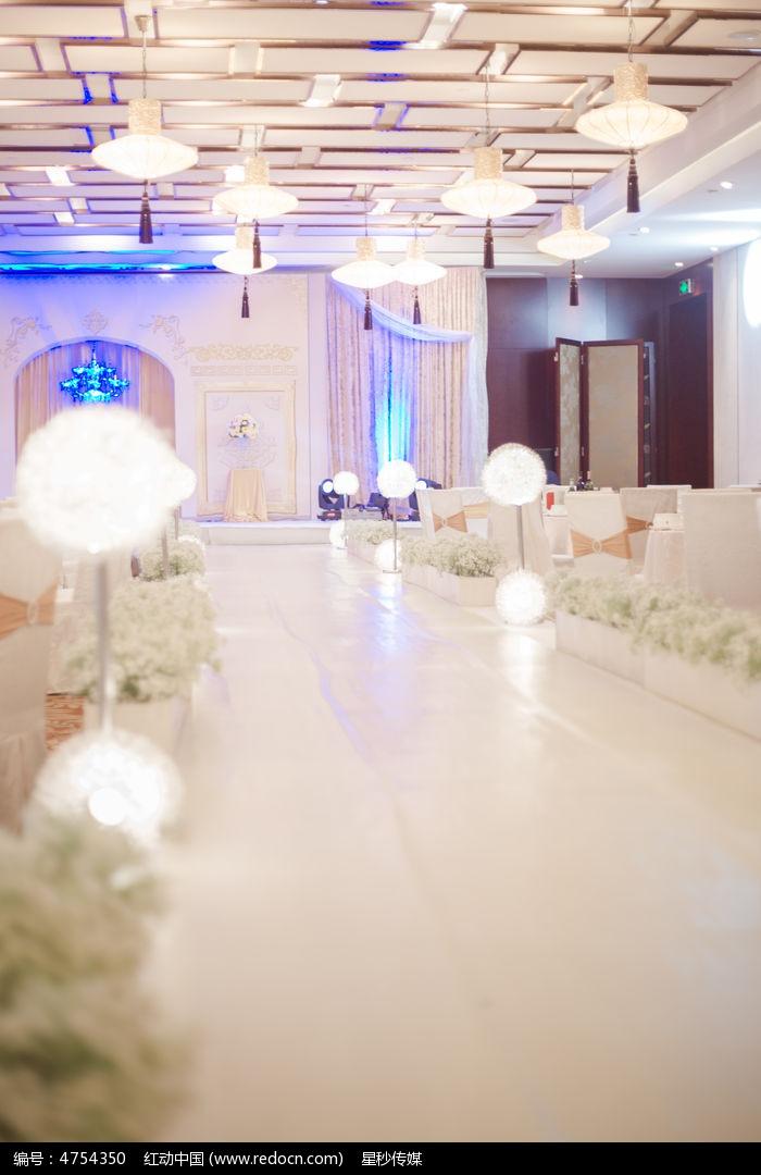 婚礼现场通道图片