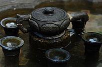 世界文化遗产圆明新园旋转的石雕茶壶
