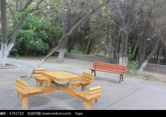 广场椅子图片图片