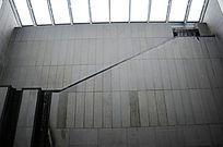 苏博室内楼梯天窗采光
