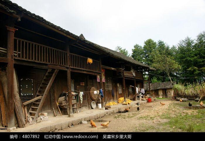 农村旧木房改造效果图