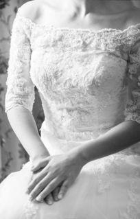 新娘 在静静地等待