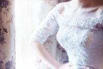 自信的新娘