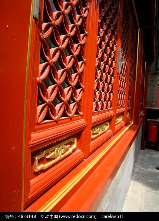 复古木窗户花纹雕刻图片图片