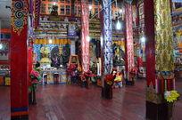 措普寺大殿装饰