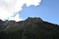 措普寺后的神山