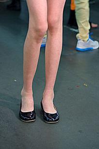 修长的大腿