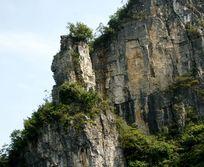 石山头顶上的山