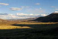 草原上的光影
