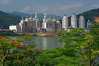 澜沧江两岸景色