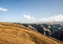 新疆喀拉骏草原大峡谷的秋天