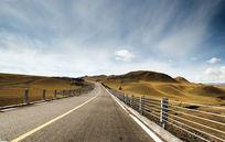 安静的公路